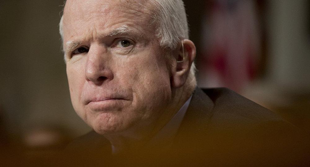 John McCain, político estadounidense (archivo)
