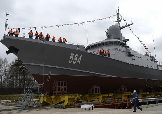 La corbeta Shkval botada en San Petersburgo, Rusia, 5 de mayo de 2018