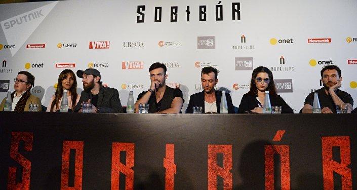 El actor y director de cine ruso Konstantín Jabenski  en la rueda de prensa tras la presentación de la película rusa 'Sobibor'