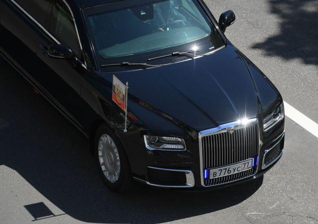 Автомобиль Aurus кортежа президента РФ