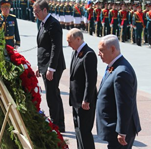 Putin, Netanyahu y Vucic realizan una ofrenda floral al Soldado Desconocido