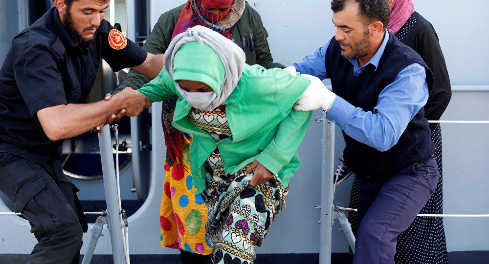 ACNUR reanuda las operaciones de evacuación de refugiados en Libia