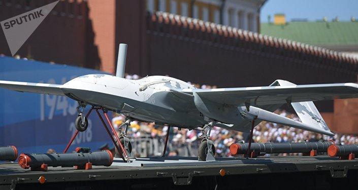 El dron ruso Korsar presentado en el Desfile de la Victoria en Moscú (archivo)