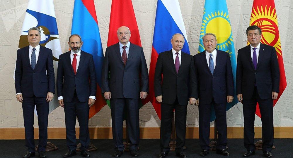 Los líderes de la UEE