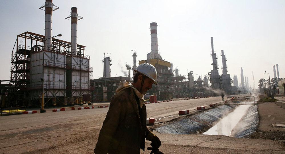 Producción de petróleo venezolano cayó en abril a 1,4 millones de barriles