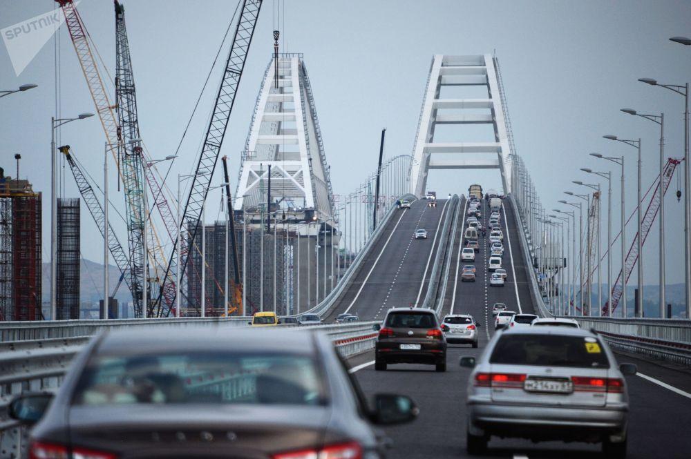 Puente de Crimea, bellezas de Cannes y boda real: las mejores fotos de la semana