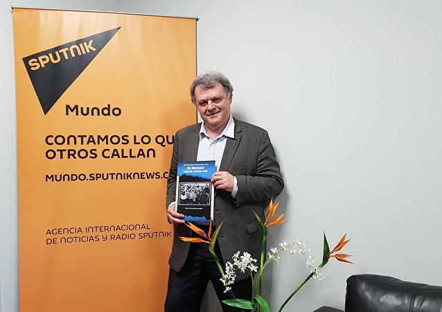 Ilya Altman en las oficinas de Sputnik en Montevideo