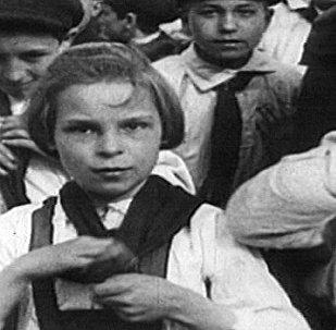 Los jóvenes pioneros de la URSS, ¡siempre preparados!