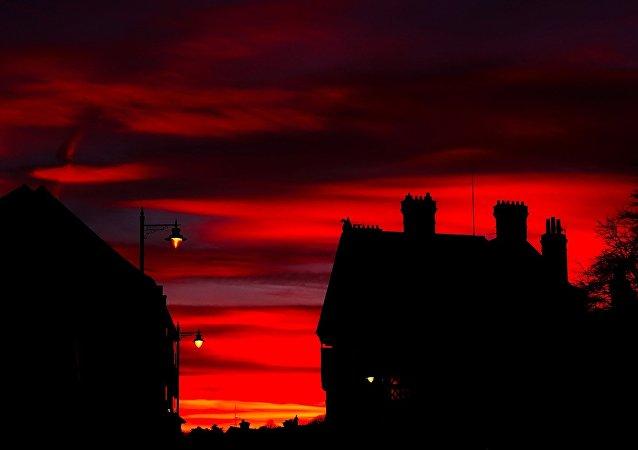 La puesta del sol en Inglaterra