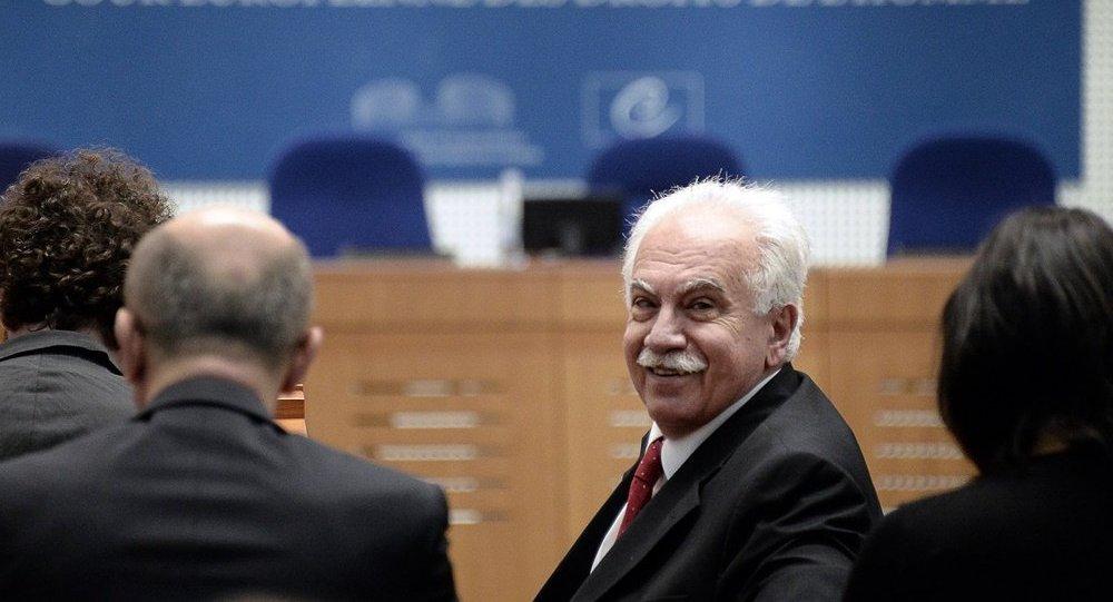 Dogu Perincek, el candidato a la presidencia de Turquía y líder del partido Vatan (Patria)