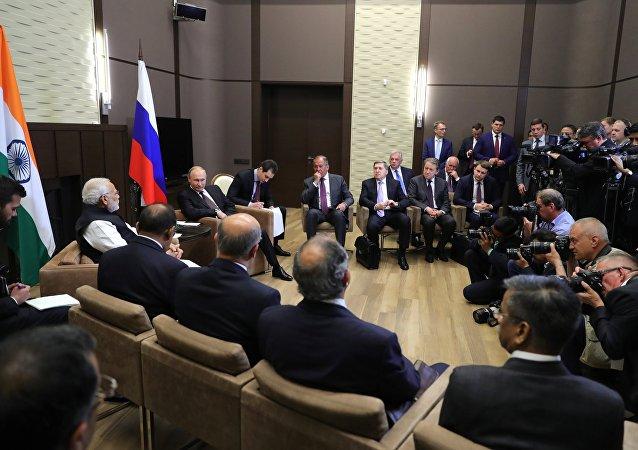 La consultas entre el primer ministro indio, Narendra Modi, y el presidente de Rusia, Vladímir Putin