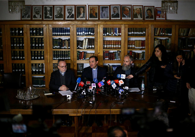 Sacerdotes chilenos, acusados de de abusos sexuales a menores