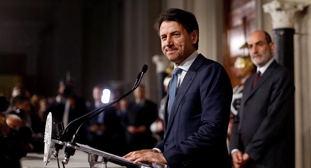 El presidente italiano encarga formar Gobierno al economista Cottarelli