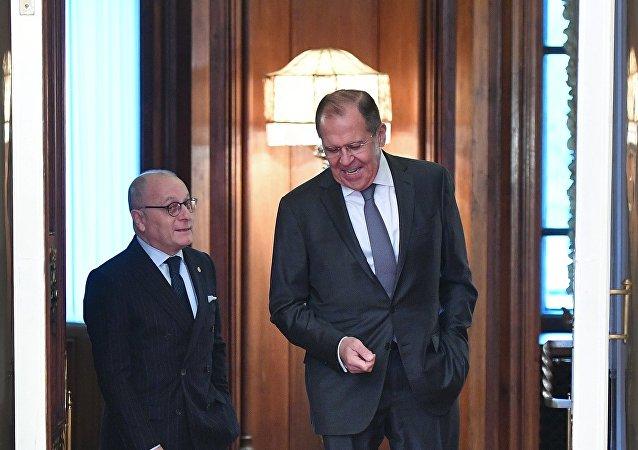 El ministro de Relaciones Exteriores de Argentina, Jorge Faurie, y su homólogo ruso, Serguéi Lavrov (archivo)