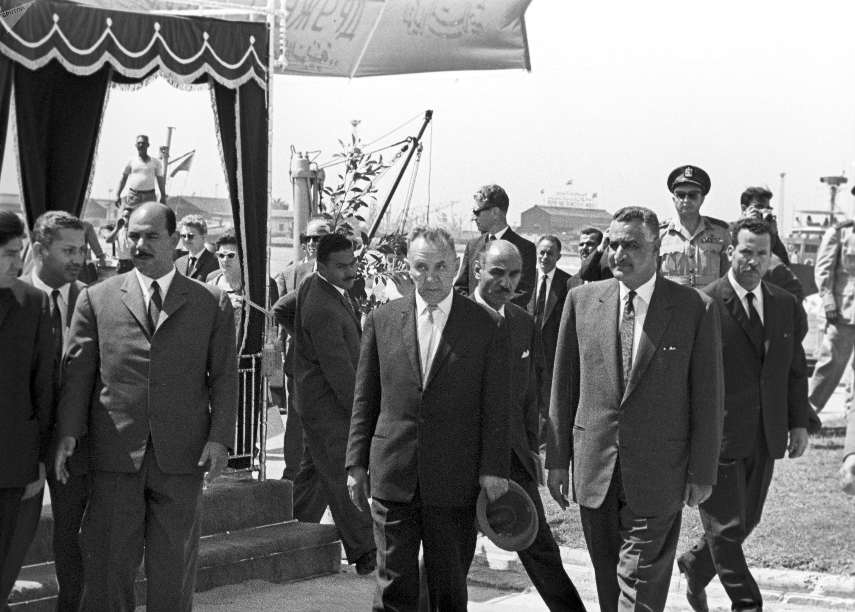 El presidente del Consejo de Ministros de la URSS, Alexéi Kosiguin, y el líder de Egipto, Gamal Abdel Naser