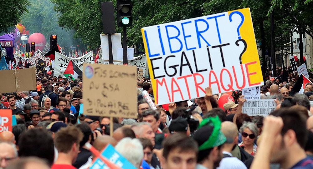 Protestas en París contra el presidente Macron
