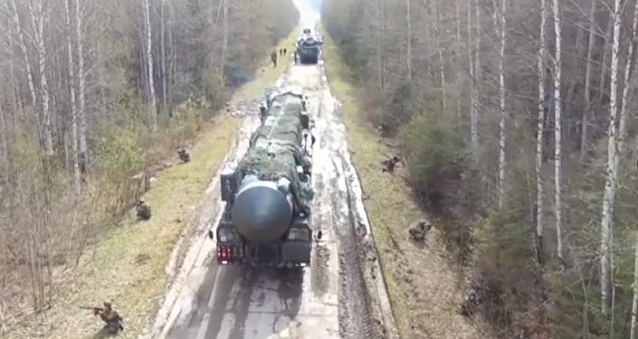 Los sistemas Yars exhiben su grandeza en Rusia durante una competición militar