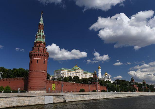 Kremlin de Moscú (imagen referencial)
