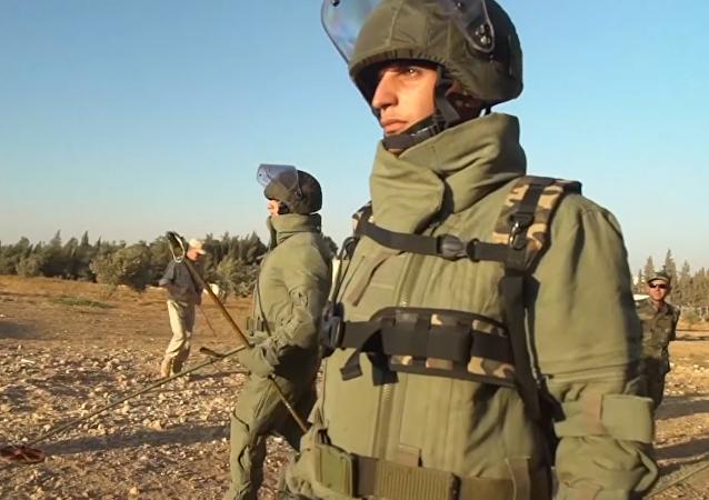 Más allá de los campos de batalla: la 'ayuda invisible' de Rusia en Siria