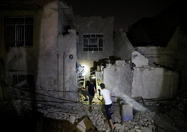 Lugar del explosión en el barrio Madinat al Sadr al este de Bagdad