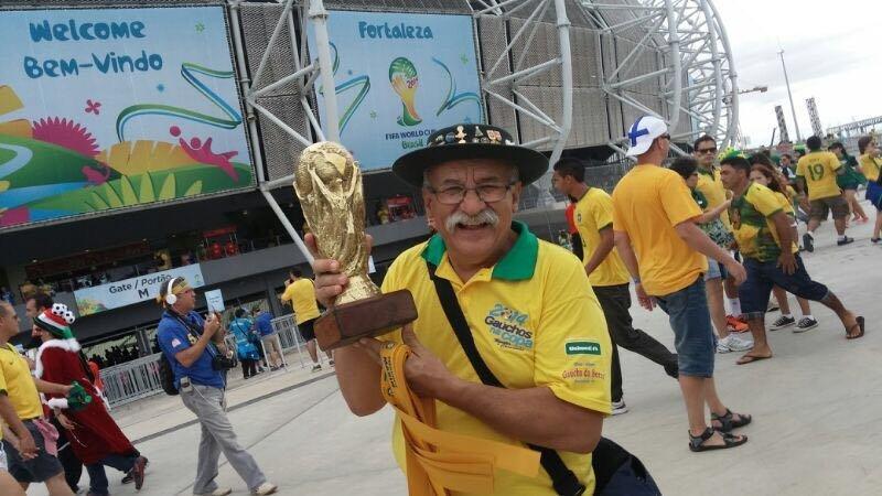 Clovis Fernandes, el Gaúcho da Copa, hincha mítico de la selección brasileña