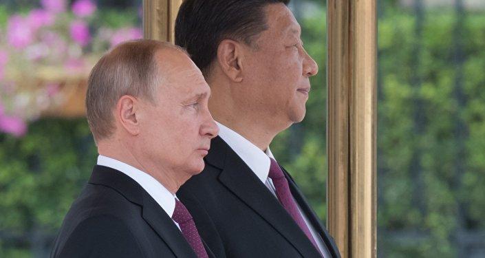 El presidente de Rusia, Vladímir Putin, y el presidente de China, Xi Jinping (archivo)
