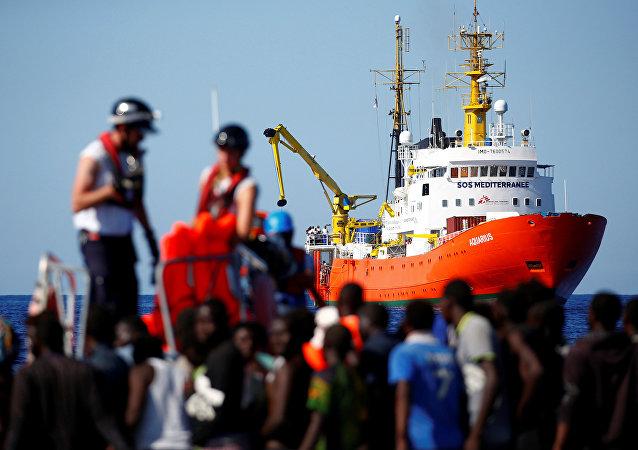 El barco de rescate Aquarius