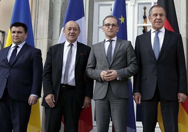Los cancilleres de Exteriores del Cuarteto de Normandía