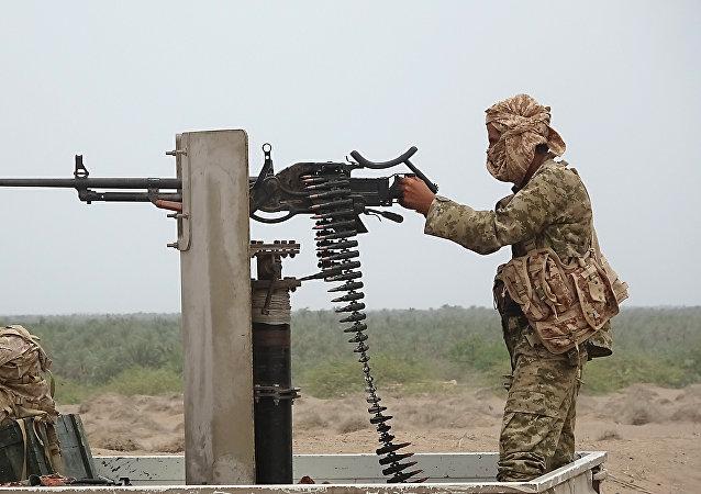 Un combatiente leal al presidente yemení (imagen referencial)