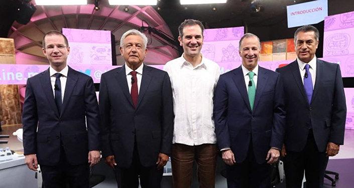 Ricardo Anaya, Andrés Manuel López Obrador, Lorenzo Cordova Vianello, José Antonio Meade y Jaime Rodríguez durante el tercer y último debate