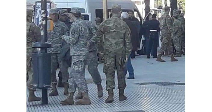 Soldados estadounidenses y equipamento israelí en Argentina