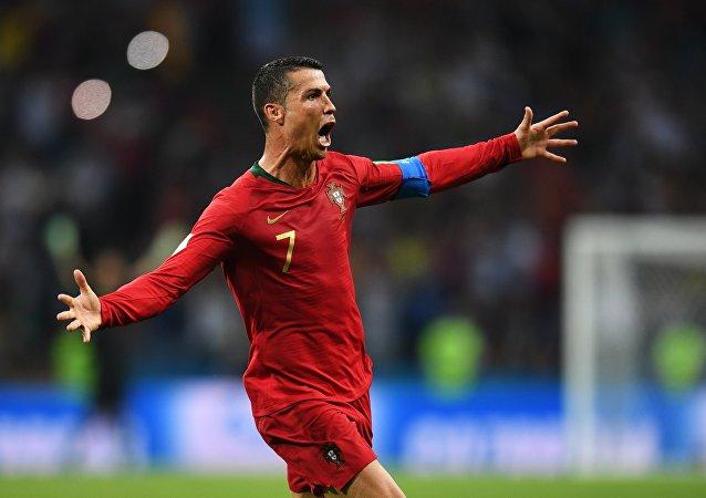 Cristiano Ronaldo, futbolista portugués, celebra su gol contra España en la fase de grupos del Mundial 2018