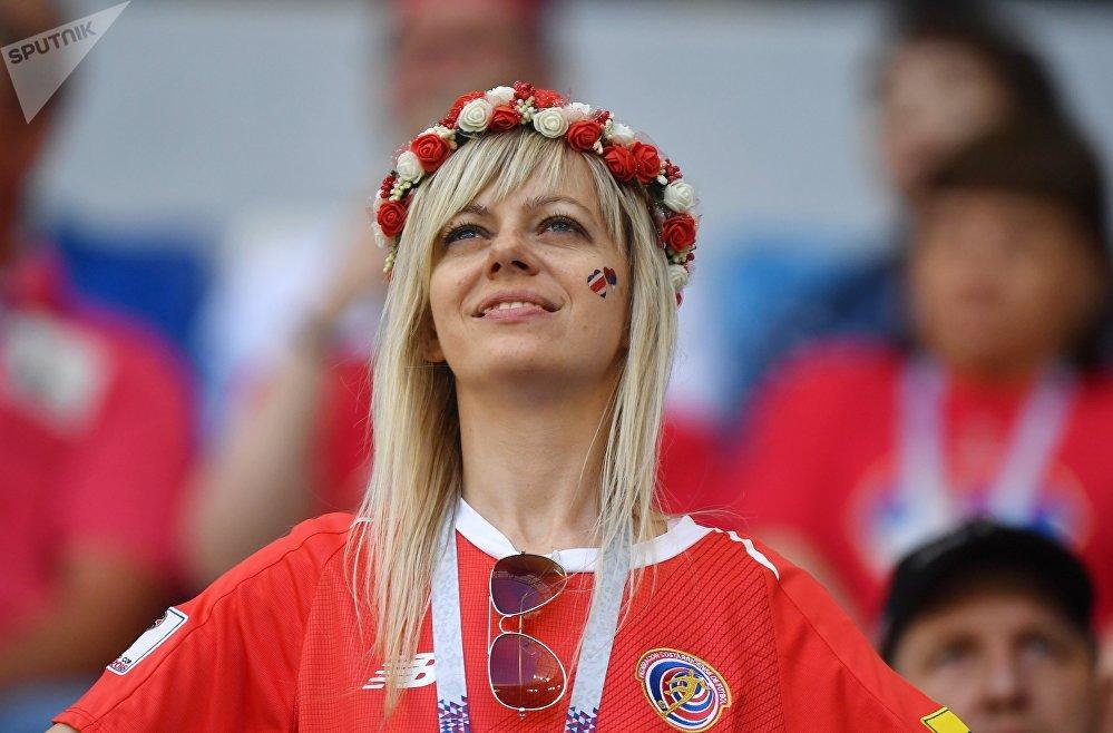 El mundo en las mejillas de las hermosas hinchas del Mundial de Rusia