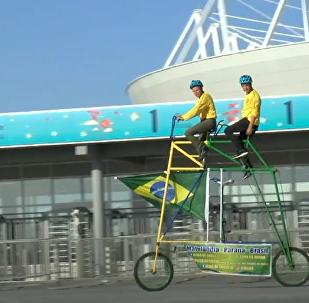 Los vehículos más asombrosos de los hinchas en el Mundial de Rusia