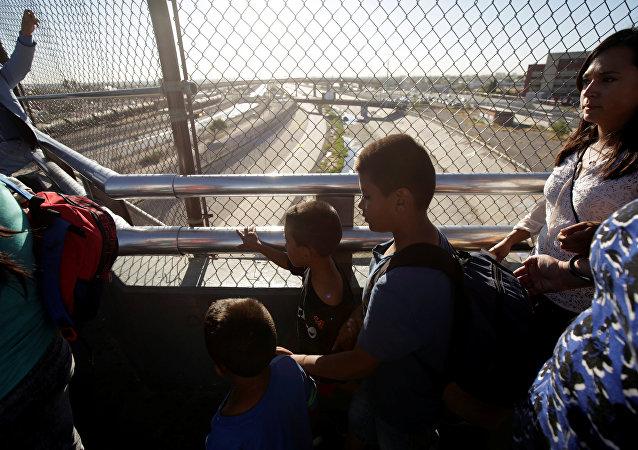 Migrantes en la frontera con EEUU