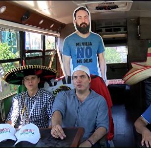 Al mexicano Javier su esposa no lo dejó ir al Mundial… y esta es la venganza de sus amigos