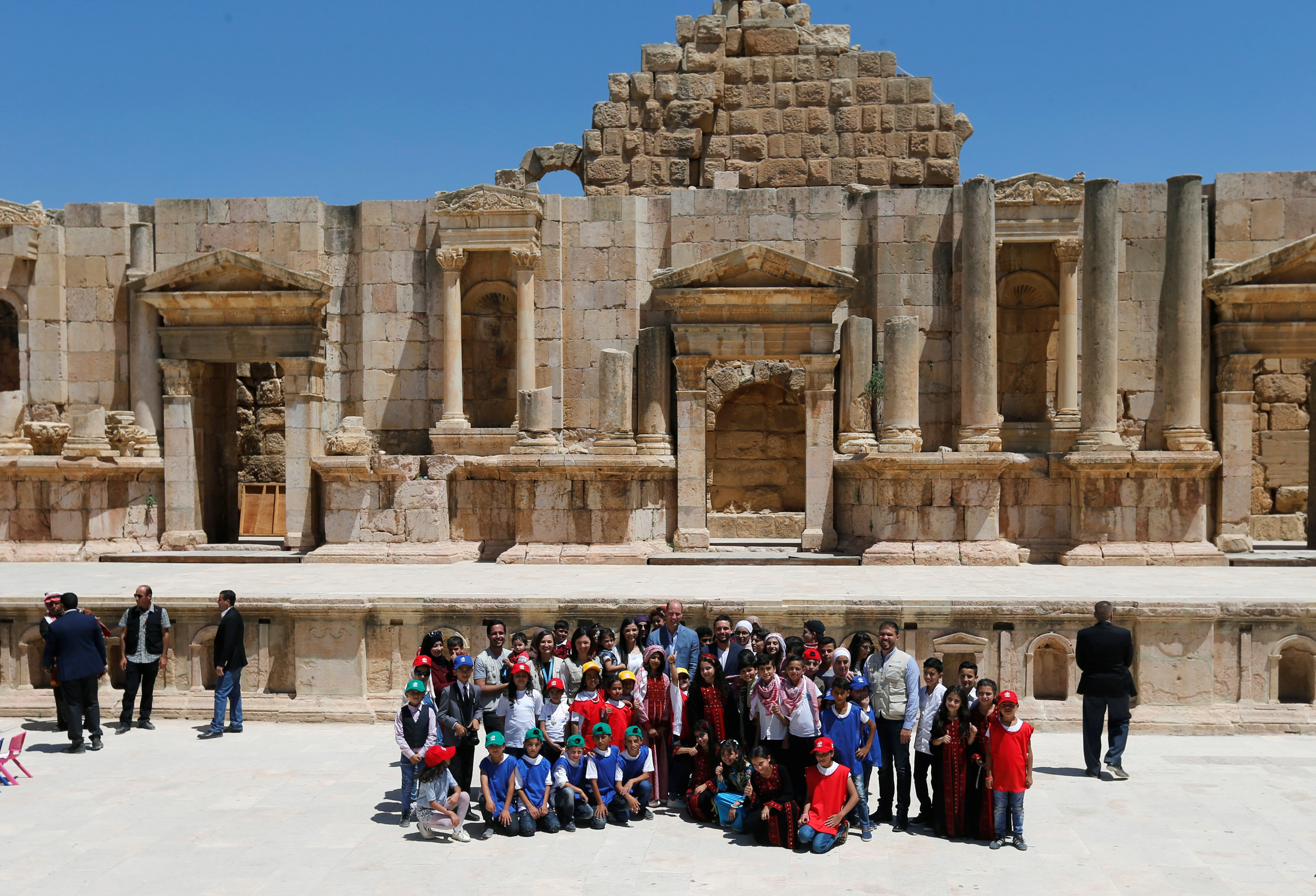 El príncipe Guillermo de Inglaterra durante su viaje a Jordania