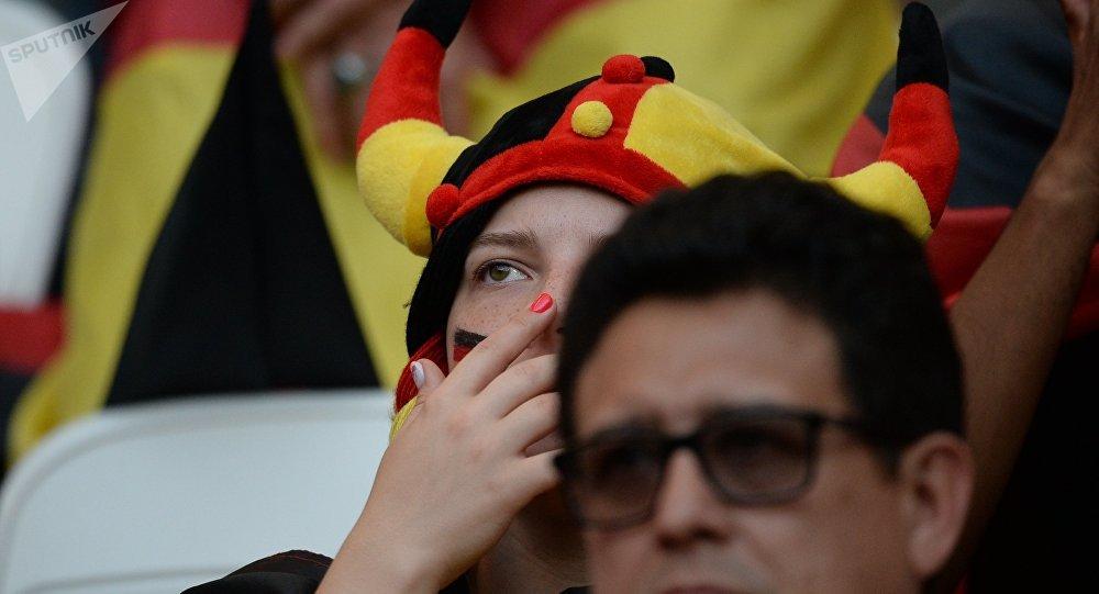 Hinchas alemanes en el partido contra Corea del Sur en Rusia 2018
