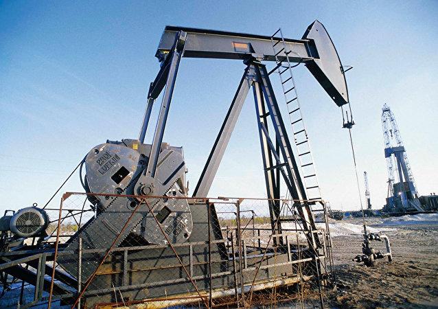 Extracción de crudo (imagen referencial)