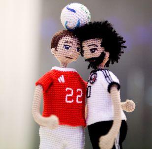 El arte y el fútbol se dan la mano en un curioso homenaje a los 'cracks' del Mundial