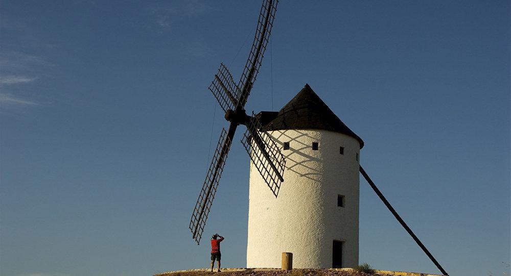 Un molino de viento (imagen referencial)