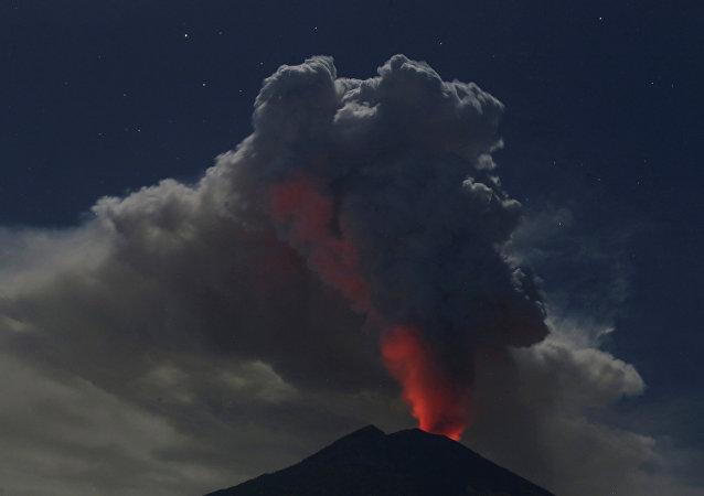 La erupción del volcán Agung, Bali