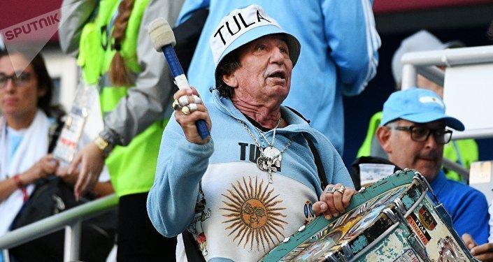 Сonocido hincha argentino Carlos Pascual Tula