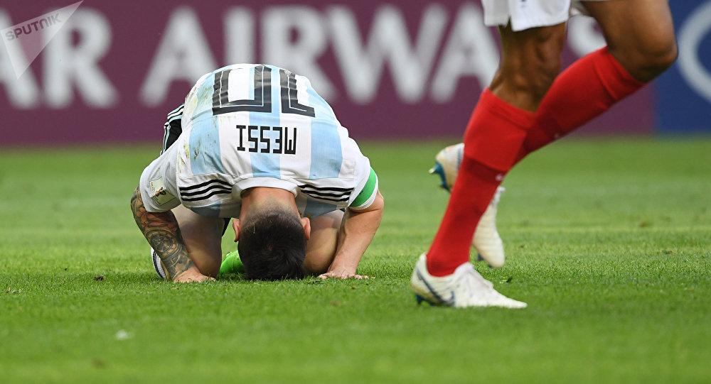 Messi durante el partido entre Francia y Argentina