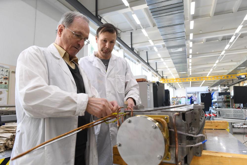 Preparativos para las pruebas eléctricas del magneto