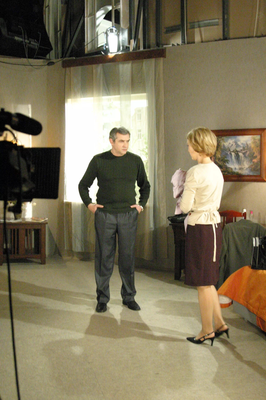 Anatoli Nemov, el actor ruso en un set de filmacion