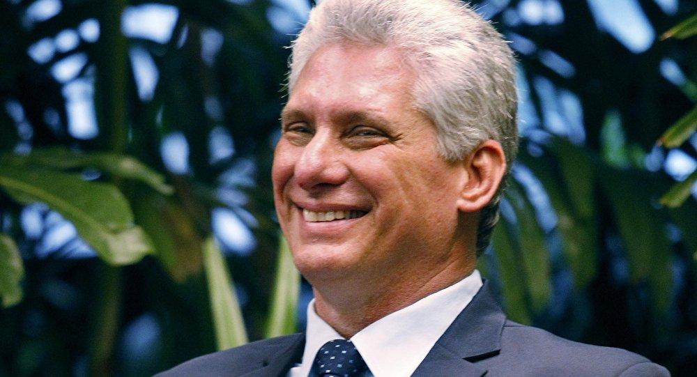 Presidente cubano llega a Jamaica para asistir a 39 Reunión de Caricom