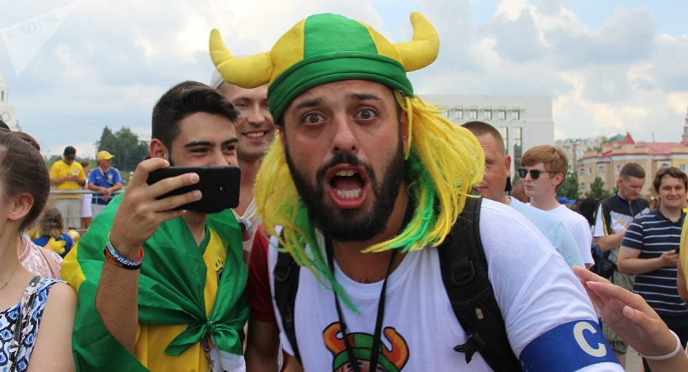 Tomer Savoia, capitão da torcida brasileira na Rússia que virou meme