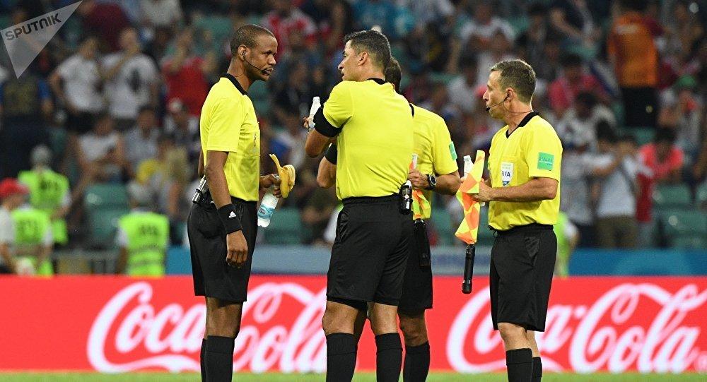 Los árbitros