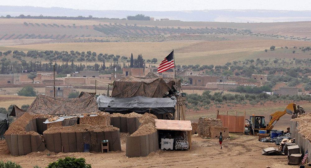 Militares estadounidenses en Manbij